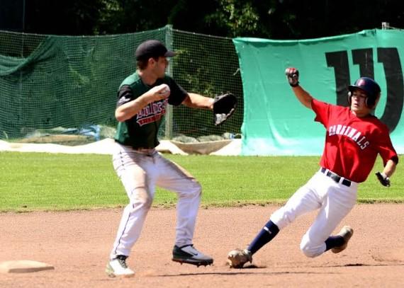 Knapp setzten sich die Cardinals auch in der zweiten Partie gegen Dohren durch (Foto: Thoms, G.)