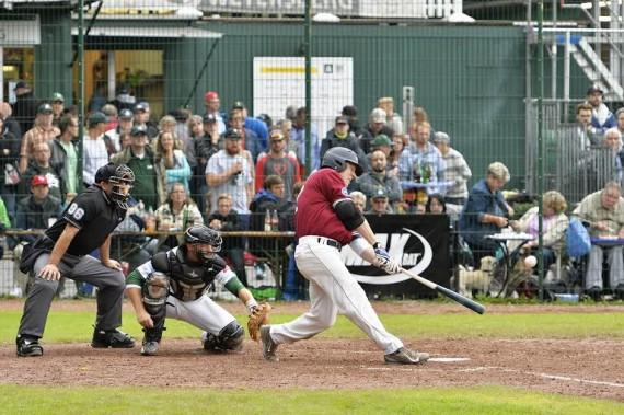 James McOwen überragte mit 5 Hits und 4 RBI beim Sieg der Heideköpfe gegen die Alligators (Foto: Eisenhuth, G.)