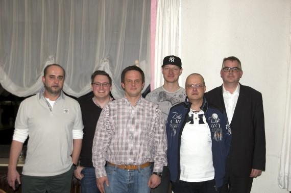 von links nach rechts: Guido Götze, Sven Chudzinski, Christian Fried, Andre Hughes, Udo Lindemann, Peter Niemeyer - es fehlt Thomas Ballmann (Foto: Solingen Alligators)