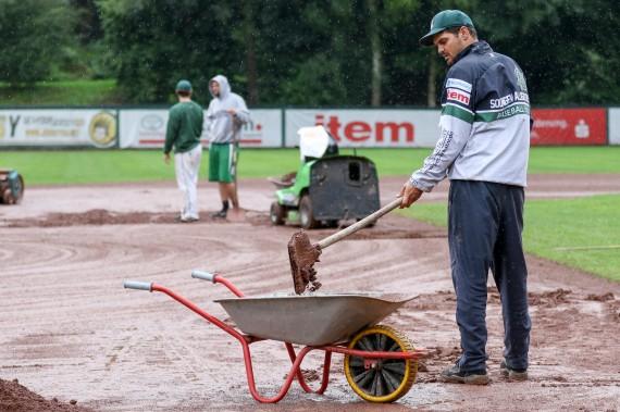 In Solingen und Bonn wurde am Sonntag alles versucht, aber am Ende siegte das Regenwetter (Foto: Sascha Schneider, P-I-X.org, www.sushysan.de)