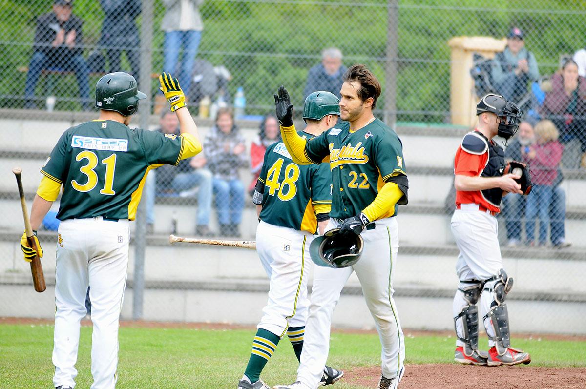 Maurice Wilhelm (Nr. 22) überzeugte als Pitcher und als Hitter (Foto: Frank Lambertz,  www.fl-paparazzo.de ).