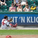 Ziegler räumt die Bases ab, Regensburger Comeback misslingt