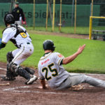 Athletics mühen sich zum Sieg in Spiel zwei in Paderborn